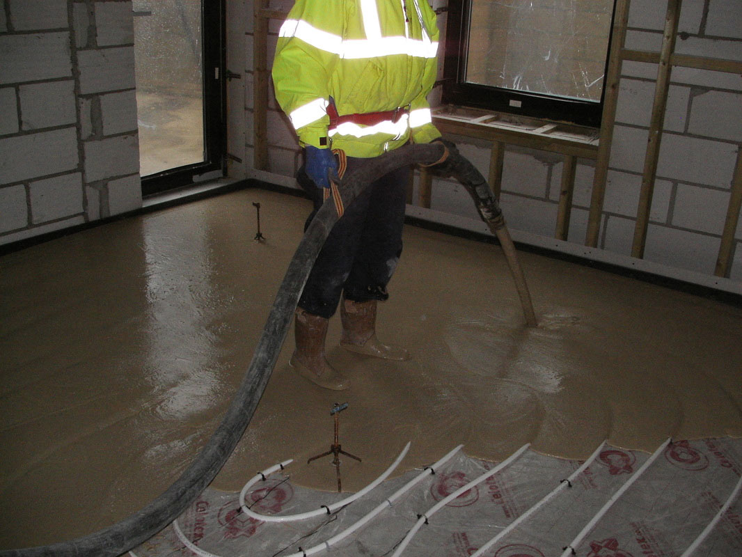 2B Doherty Screeding Ltd – Mobile Screed Factory