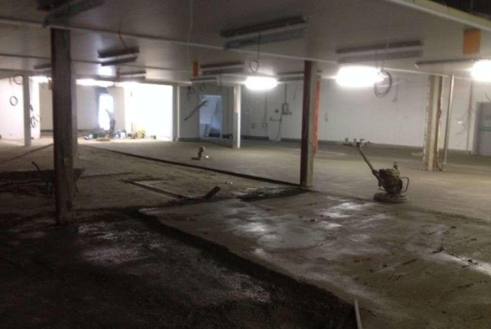 around-noon-sandwiches-industrial-floor-renovation-sopro-rapidurreg-b5-original-754-969×650