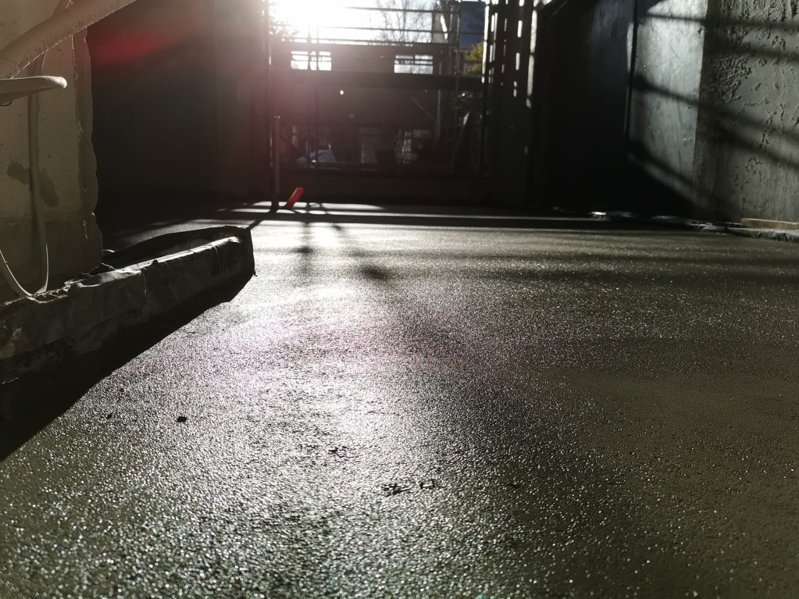 Mobile Screed Factory_Rapidur EB5 Rapid Drying Screed_Ballsbridge Dublin _B Doherty Screeding