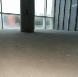 B Doherty Screeding_Mobile Screed Factory_Park West 2,000m2_one finished floor