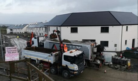 Polymer modified fibre screed over UFH at 80mm | Glenturas Construction | Letterkenny B Doherty Mobile Screed Factory