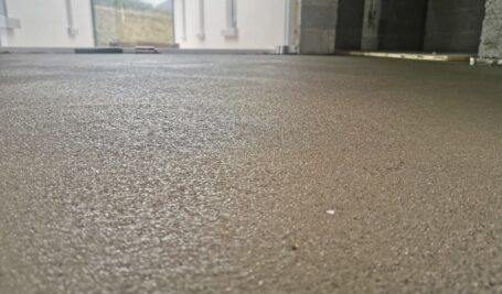 Rapidur® EB5 Rapid Drying Screed | B Doherty Mobile Screed Factory | 75 mm over UFH | Wexford